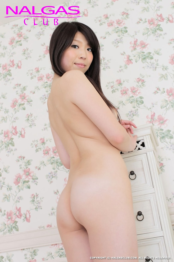 the-hot-naked-japanese-butt-of-shiori-endo